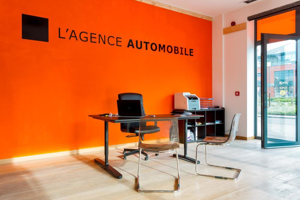 l 39 agence automobile waterloo brabant wallon. Black Bedroom Furniture Sets. Home Design Ideas